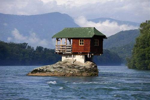 10 ngôi nhà có kiến trúc dị nhất hành tinh - 6