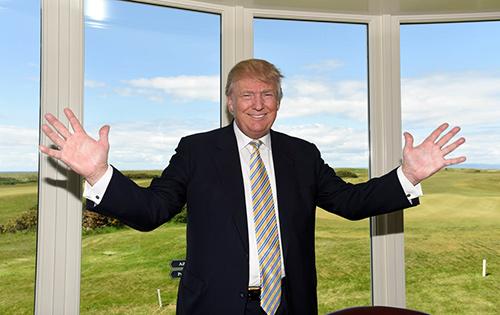 """Phong cách đeo cà vạt """"lạ"""" của tỷ phú Donald Trump - 3"""