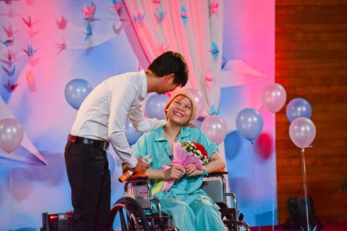 Chuyện tình ngọt ngào của cô gái bị ung thư máu - 1