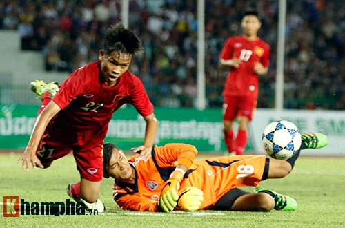Thiếu nữ Campuchia khóc như mưa vì U16 Việt Nam - 6