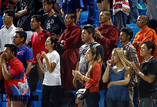 Thiếu nữ Campuchia khóc như mưa vì U16 Việt Nam - 4