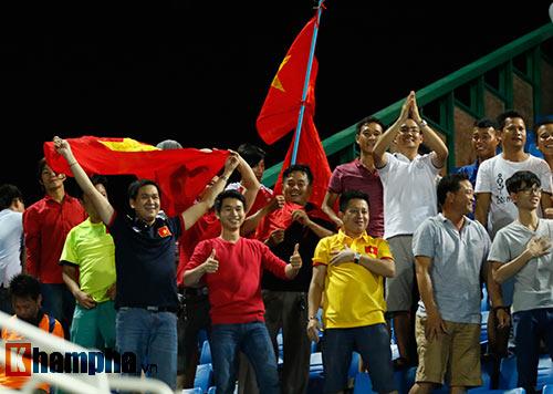Thiếu nữ Campuchia khóc như mưa vì U16 Việt Nam - 10