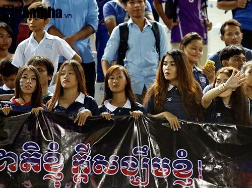 Thiếu nữ Campuchia khóc như mưa vì U16 Việt Nam - 12