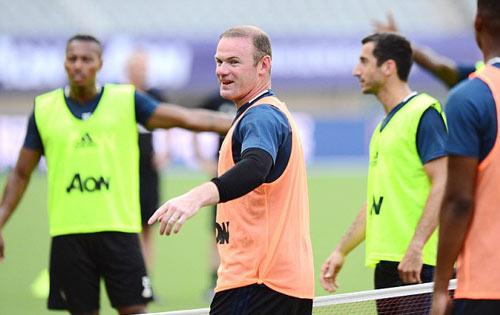 MU - Mourinho: Đội trưởng Rooney, không bán Mata - 1