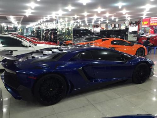 """Ngắm Lamborghini Aventador LP 700-4 màu """"kịch độc"""" tại Việt Nam - 3"""