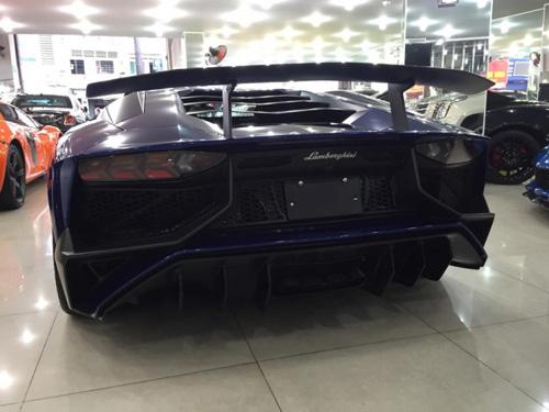 """Ngắm Lamborghini Aventador LP 700-4 màu """"kịch độc"""" tại Việt Nam - 4"""