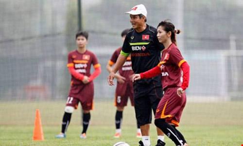 Tuyển nữ quyết vô địch AFF Cup - 1