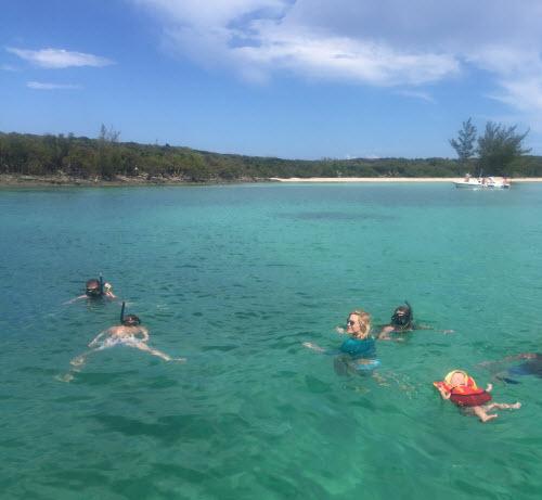 Sự thật về bãi biển cát hồng đẹp như mơ ở Bahamas - 6