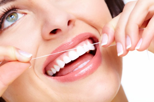 Chảy máu chân răng: Cảnh báo nhiều căn bệnh nguy hiểm - 4