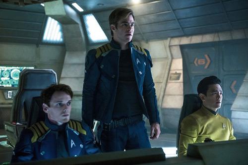"""Phim rạp tuần này: """"Star Trek"""" dành cho fan mê khám phá - 1"""