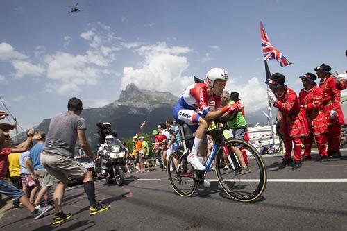 Tom Dumoulin về thứ nhì tại chặng 18 giải đua Tour de France 2016 - 1