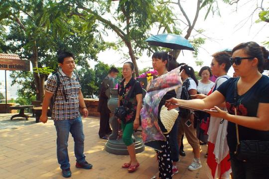 Đề nghị trục xuất thêm 66 hướng dẫn viên chui TQ - 2