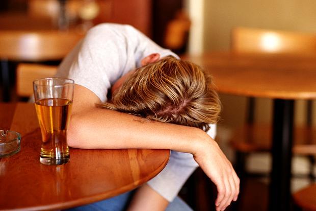 Rượu bia là nguyên nhân trực tiếp của 7 loại ung thư - 3
