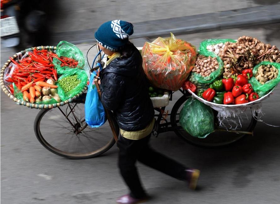 Việt Nam lọt top 5 quốc gia hạnh phúc nhất thế giới - 1