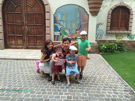 Cuộc sống 8 năm sinh 4 con của cựu MC thời tiết VTV - 6