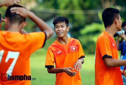"""Tái đấu """"đại gia châu Á"""", HLV U16 Việt Nam xạc học trò - 7"""