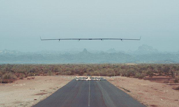 """Máy bay phát Internet xuống đất của Facebook """"chạy"""" tốt - 3"""