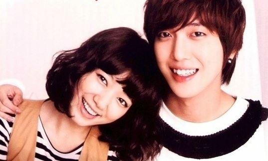 """Lee Min Ho """"lên đời"""" nhờ đóng cặp với Park Shin Hye - 6"""