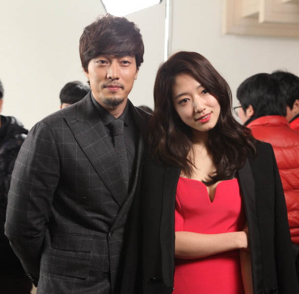 """Lee Min Ho """"lên đời"""" nhờ đóng cặp với Park Shin Hye - 9"""
