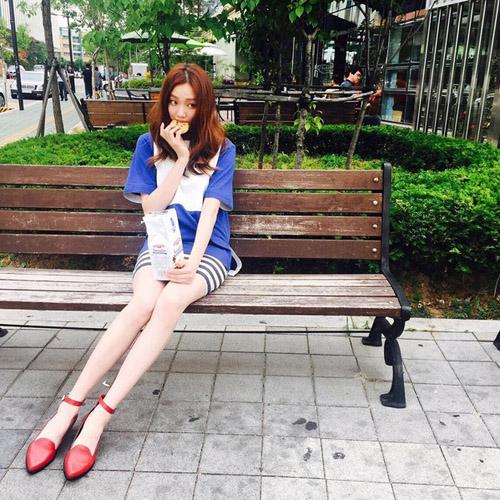 5 kiều nữ Hàn có đôi chân đẹp nhất Kbiz - 12