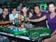 Chơi sảng khoái, uống thoải mái tại Fan zone