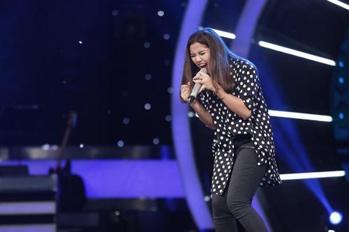 Cô gái xinh đẹp dân tộc Ba Na bị loại khỏi Vietnam Idol - 1