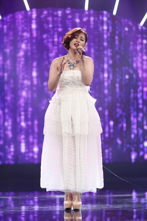 Cô gái xinh đẹp dân tộc Ba Na bị loại khỏi Vietnam Idol - 9