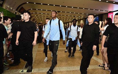 Pep đổ bộ Trung Quốc, chờ hội chiến Mourinho sau 4 năm - 3