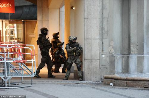 Ảnh hiện trường xả súng khiến 10 người chết ở Đức - 9