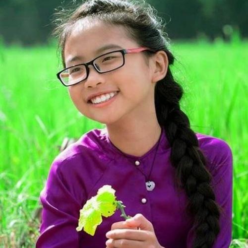 Phương Mỹ Chi: Từ cô bé nghèo đến cát-xê 5.000 USD - 1