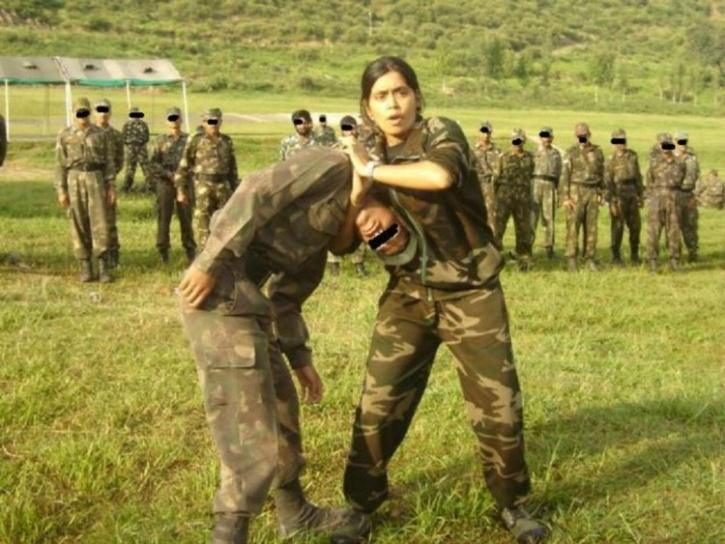 Tài nghệ của nữ huấn luyện biệt kích duy nhất Ấn Độ - 2