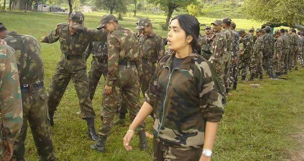 Tài nghệ của nữ huấn luyện biệt kích duy nhất Ấn Độ - 7