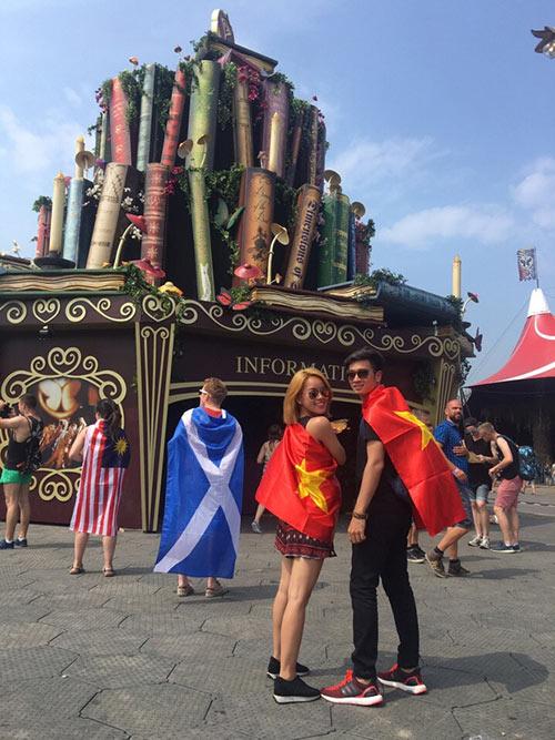 Slim V và bạn gái dự lễ hội âm nhạc EDM lớn nhất thế giới - 2