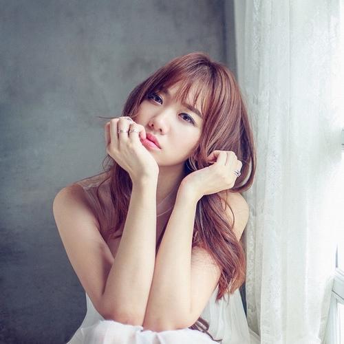 Loạt scandal khiến bạn gái Trấn Thành khóc cạn nước mắt - 4