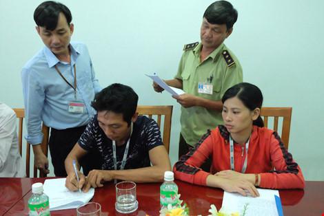 Đà Nẵng: Tạm đình chỉ 'lò' nhuộm gà bằng chất vàng ô - 2