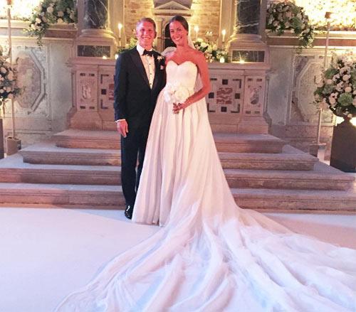 """Sau đám cưới, mỹ nhân tennis """"bung lụa"""" trên tạp chí - 1"""