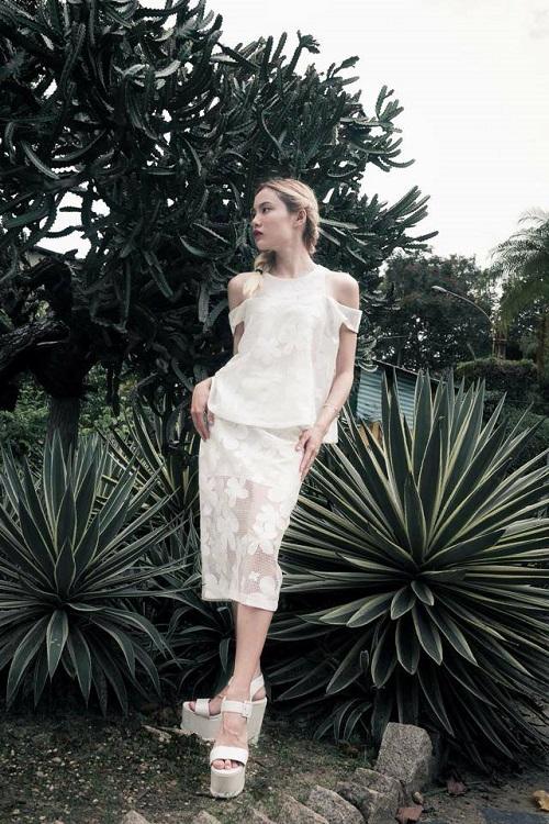 Stree style chuẩn fashionista của hot girl Fung La - 7