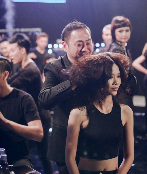 Loạt ảnh hậu trường gây tò mò tại Vietnam's Next Top - 6