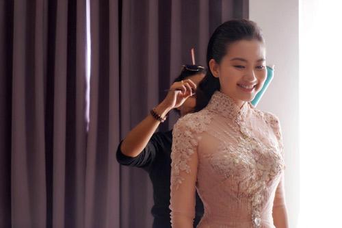 Bật mí về áo dài, váy cưới kỳ công của Ngọc Lan - 4