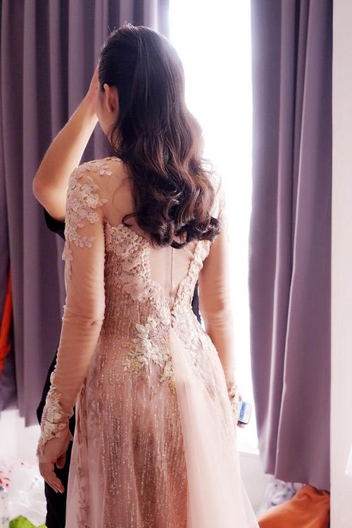 Bật mí về áo dài, váy cưới kỳ công của Ngọc Lan - 5