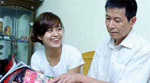 Muốn giúp con, bố mẹ Kỳ Duyên hãy học nhà Hoàng Thùy Linh - 2