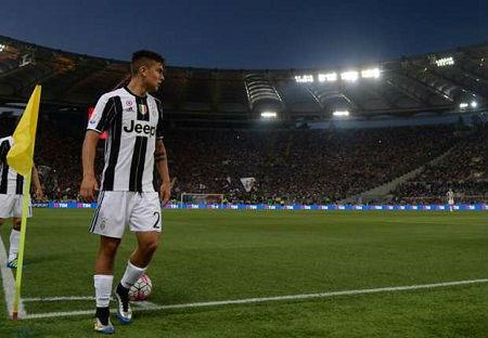 Melbourne Victory - Juventus: Tuyệt phẩm từ giữa sân - 1