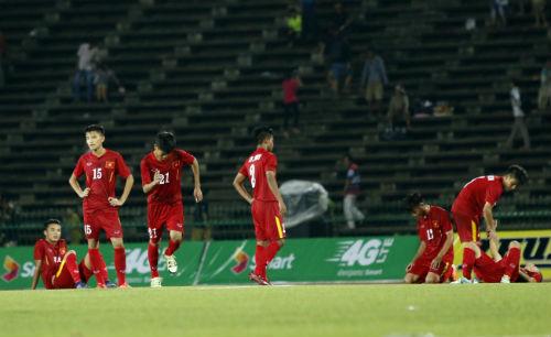 Thua tức tưởi, U16 Việt Nam khóc như mưa nhận HCB - 7
