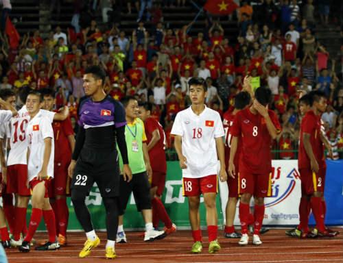 Thua tức tưởi, U16 Việt Nam khóc như mưa nhận HCB - 9