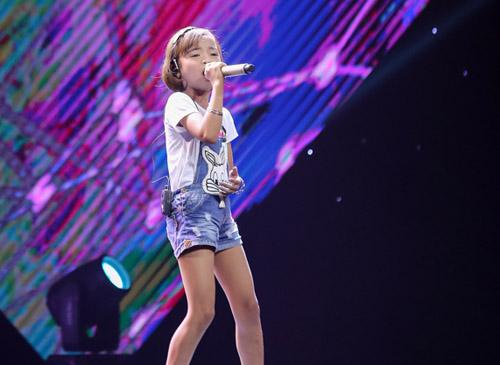 """The Voice Kids tập 1: Đông Nhi """"hốt"""" hết thí sinh xuất sắc - 10"""