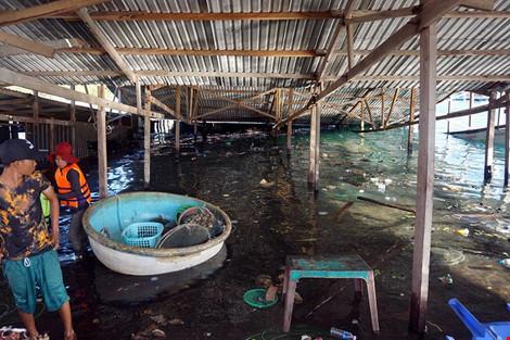 Nguyên nhân ban đầu gây sập nhà hàng nổi ở Ninh Thuận - 1