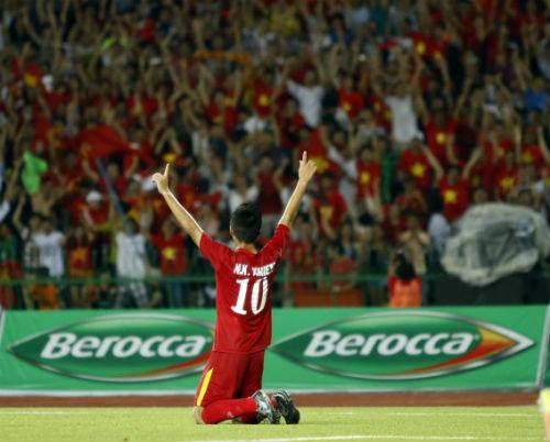 U16 Việt Nam: Bóng đá ta chưa là gì cả, đừng ca ngợi quá - 2