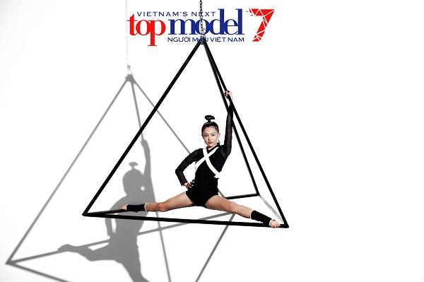 2 hot girl tranh cãi ầm ĩ tại Vietnam's Next Top Model - 3