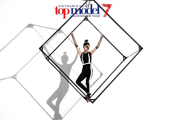 2 hot girl tranh cãi ầm ĩ tại Vietnam's Next Top Model - 4