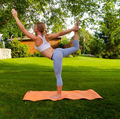 9 bài tập yoga vào buổi sáng giúp thân hình khỏe, đẹp - 9